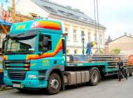 Tieflader LKW Tiefladesattel Schwerlast Transport Bruck an der Leitha Niederösterreich
